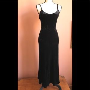 Betsey Johnson Black Stretch Velvet Vintage